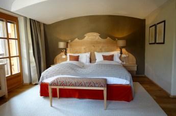 Hotel Rosa Alpina junior suite bedroom