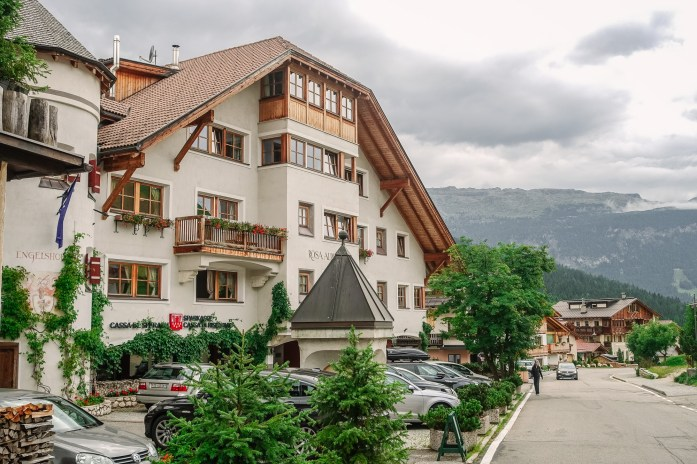 Rosa Alpina annex building