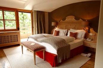 Hotel Rosa Alpina junior suite king bed