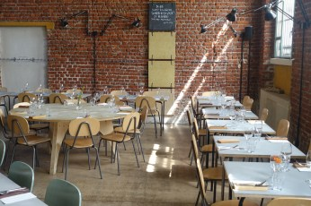 Un Posto Milano dining tables