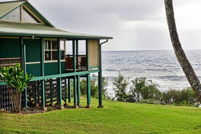 Travaasa Hana bungalow sea view