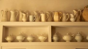 Bastide de Moustiers master suite pottery