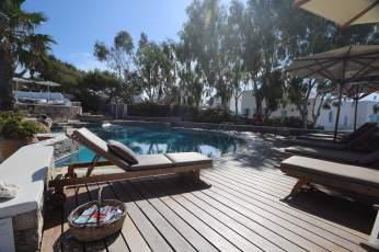 Anemomilos Apartments pool terrace