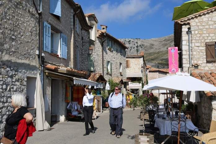 Gourdon main street