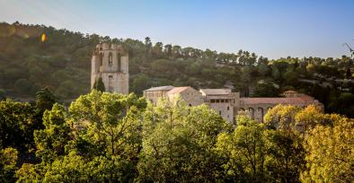 Go earlier in the day to visit the abbey in Lagrasse, the lighting is better.