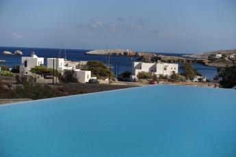 Anemi Hotel infinity pool