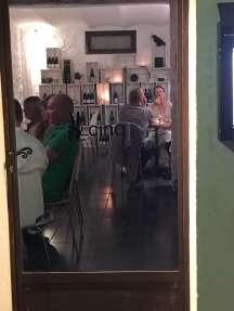 Cinq restaurant Tourrettes-sur-Loup crowded dining room
