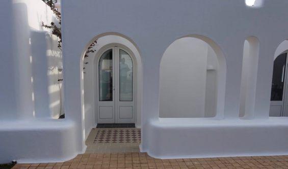 Casa Arte bedroom entrance