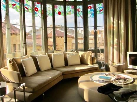 El Palauet Living sun room