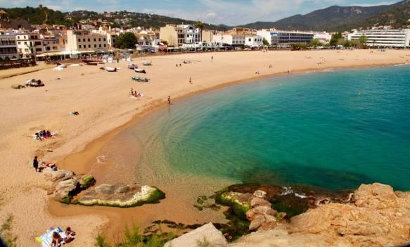 Tossa del Mar bay beach