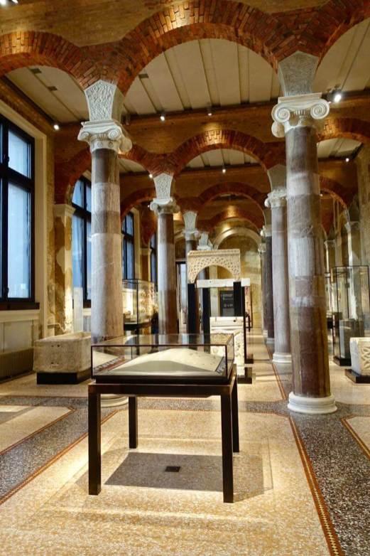 Neues Museum gallery