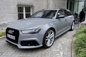 Das Stue Audi car.
