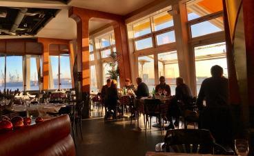 Rive Bistrot Hamburg dining room