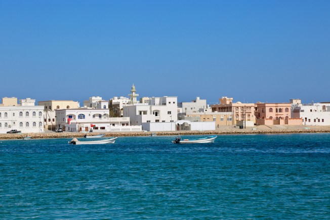 Sur itself has its own charm, if properly cropped. The contrast of the electric green water and toothpaste white houses makes it look like it was squeezed from a brand new tube of Aquafresh. It's stunning and looks more like Zanzibar, which makes sense since Omanis ran that country, too.
