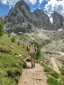 Sassolungo hiker