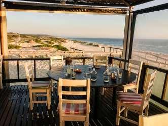Restaurant Sal Comporta dining table