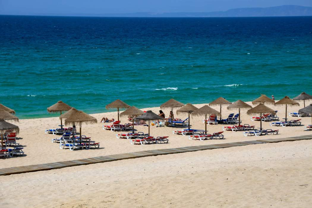 Pêgo Beach umbrellas