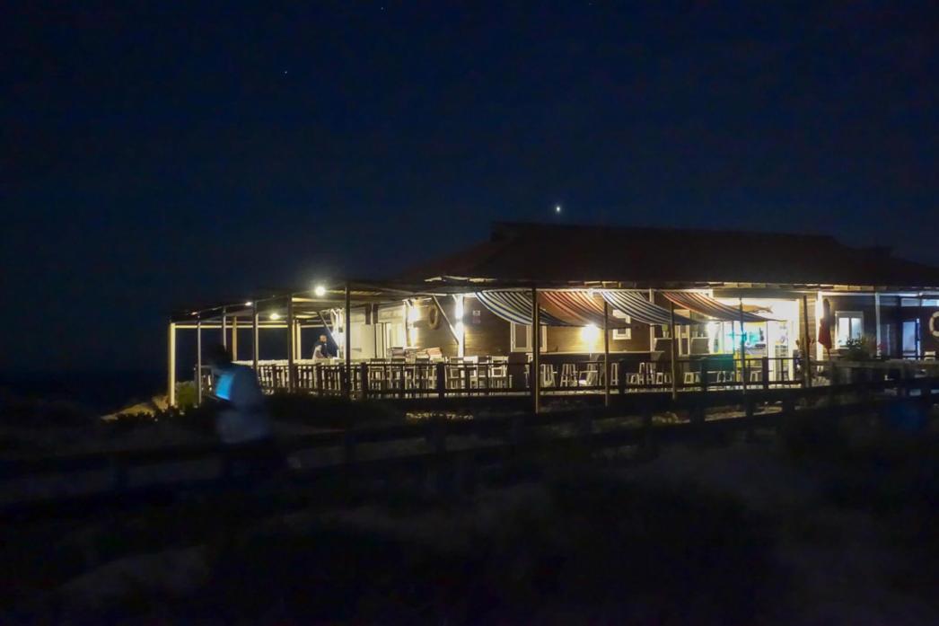 Restaurant Sal Comporta at night