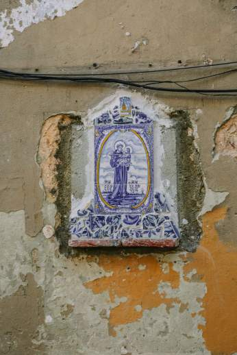 Lisbon street shrine