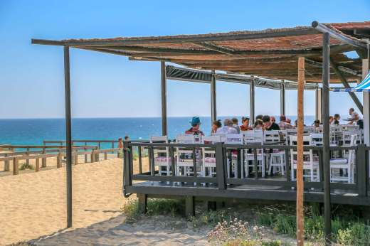 Restaurante Sal Comporta busy lunch