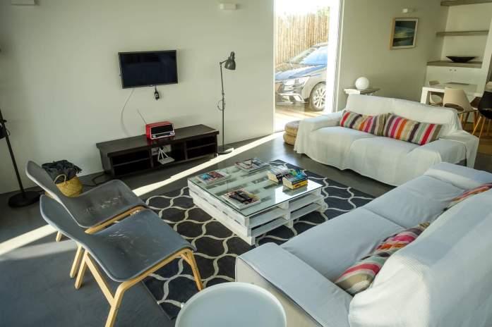 Brejos Villa Comporta seating area