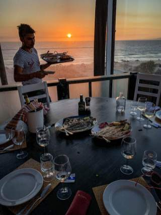 Restaurante Sal Comporta dining by sunset