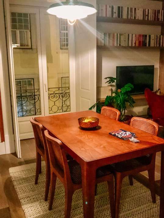 The Lisboans Apartments dining table