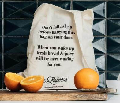 The cool little breakfast bag. (from their website)