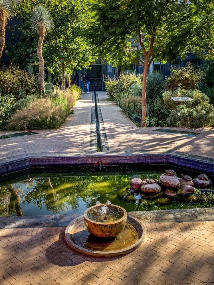 Le Garden Secret fountain and pool