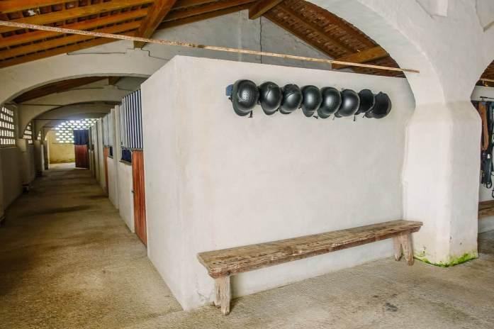 Sao Lourenco do Barrocal riding barn