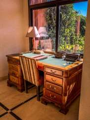 Kasbah Bab Ourika suite desk