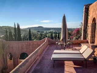 Le Jardin des Douars Mogador Suite terrace chairs