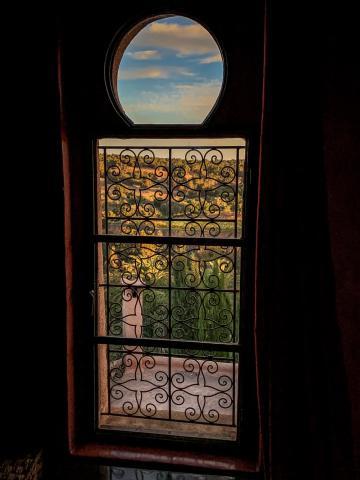 Le Jardin des Douars Mogador Suite window