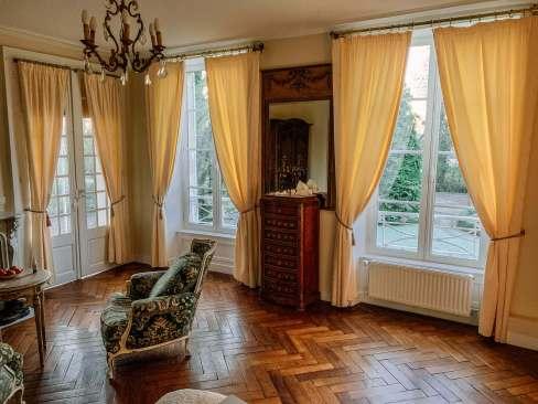 Château de Damigny suite sitting area