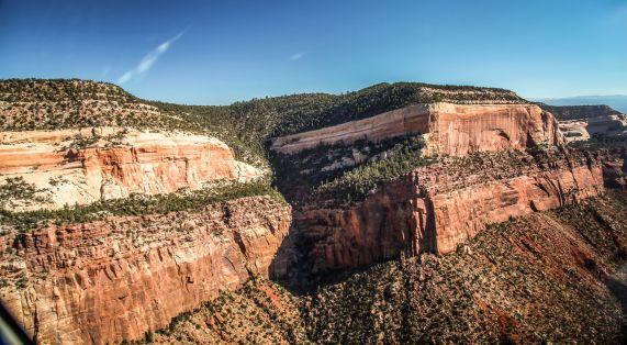 Utah canyon colors