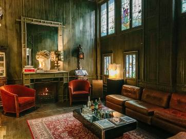 Les Bains Paris lobby sitting room
