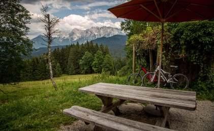 Elmauer Alm picnic tables
