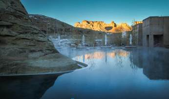 Amangiri pool at morning