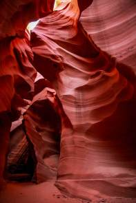 Antelope Canyon narrow room