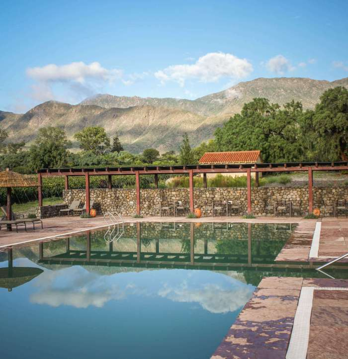 Estancia Colomé pool