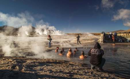 swimming El Tatio