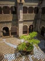 Sintra Palacio da Pena interior courtyard