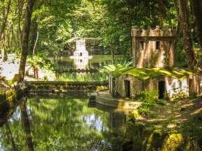 Pena Palace garden lake