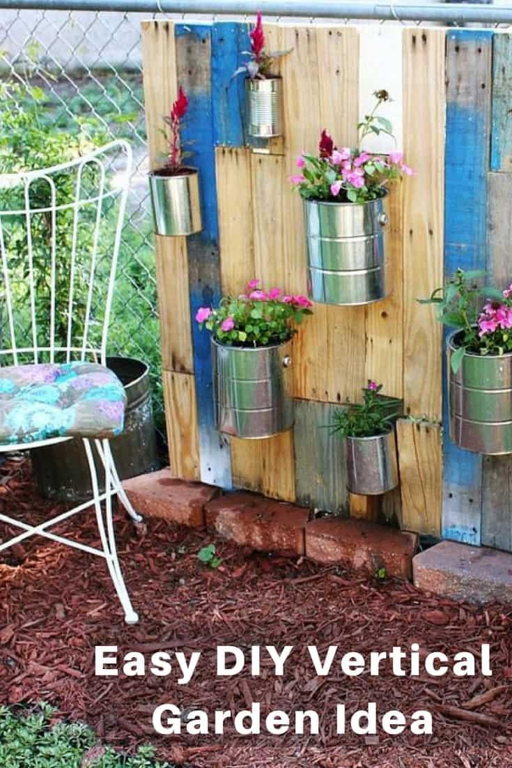 DIY Pallet Vertical Garden 20 DIY Vertical