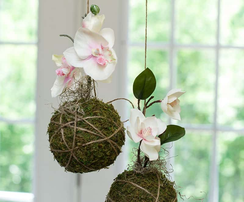 DIY moss decor idea