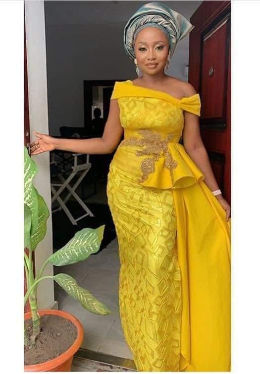 yellow lace styles