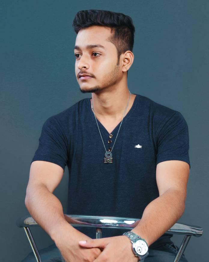 Krrish Khade, Mumbai Portraits, Krrish Khade founder mumbai portraits