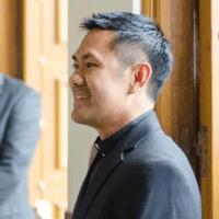 Guest Gentleman : Eddie Ngo, 39 from Guadalajara, Mexico