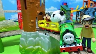 Thomas,Spongebob and Heidi find a Shaun the Sheep!Let's put on Percy!for kids!yupyon