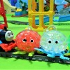 Thomas,Percy and Diesel carry orbeez octopus balls!for kids!yupyon